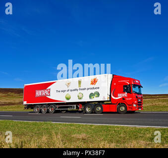 Huntapac Produce Limited. The sign of fresh quality produce, HGV. M6 motorway Southbound carriageway, Shap, Cumbria, England, United Kingdom, Europe. - Stock Image