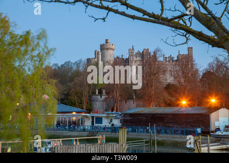 Dawn at Arundel Castle, West Sussex, England. - Stock Image