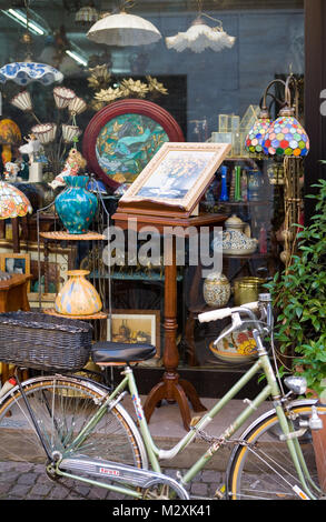 Bicycle and light shop in Rimini, Emilia-Romagna, Italy - Stock Image