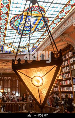 famous Lello Bookshop, interieur, ceiling,  Porto Portugal - Stock Image