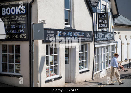 Exterior of a bookshop in Hay-on-Wye, Powys, Wales - Stock Image