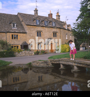 Bridge and cottages at Lower Slaughter Cotswolds England UK - Stock Image