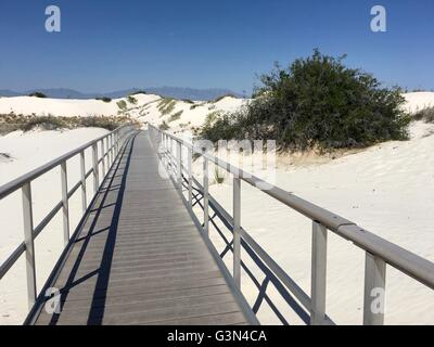 Walkway at White Sands National Monument in New Mexico - Stock Image