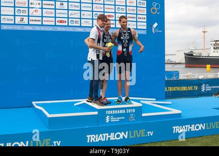 Yokohama, Japan. 18th May, 2019. 2019 ITU World Triathlon, World Paratriathlon Yokohama at Yamashita Park and Minato Mirai, Yokohama. Bahier, Egorov, Wersy (Photos by Michael Steinebach/AFLO) Credit: Aflo Co. Ltd./Alamy Live News - Stock Image
