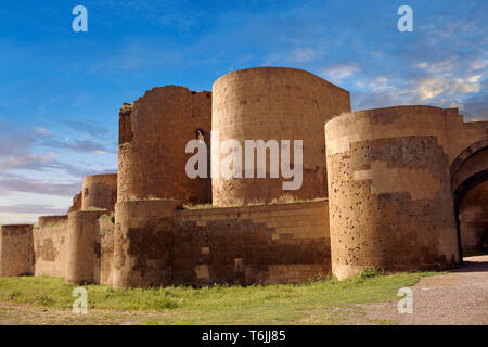 Ruins of the Armenian City walls built by  King Smbat (977–989) of Ani archaelogical site on the Ancient Silk Road ,Turkey - Stock Image