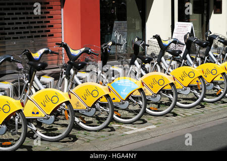 Public bicycles for hire in Brussels. - Stock Image