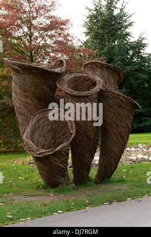 Willow Sculpture of Mushrooms, Kew Royal Botanical Gardens. - Stock Image