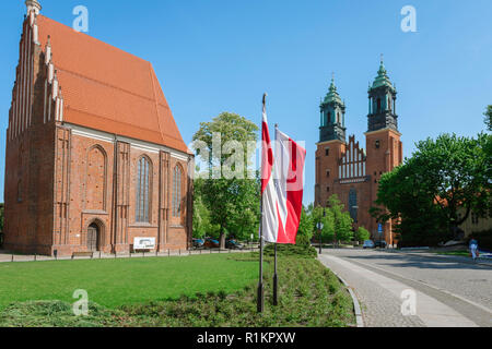 Poznan Ostrow Tumski, view of the Church Of Our Lady in Summo (left) and Poznan Cathedral on Cathedral Island (Ostrow Tumski), Poznan, Poland. - Stock Image
