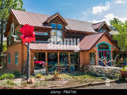 TAOS, NM, USA-6 JULY 18: The Red Arrow Emporium features a variety of furniture and accessories. - Stock Image