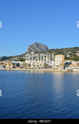 View to the beach and seafront in the port area of Javea on the Costa Blanca, Alicante Province, Comunidad Valencia, Spain - Stock Image