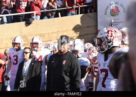 Pasadena, CA. 01st Jan, 2016. Stanford Cardinal head coach David Shaw and the Stanford team gets ready to take the - Stock Image