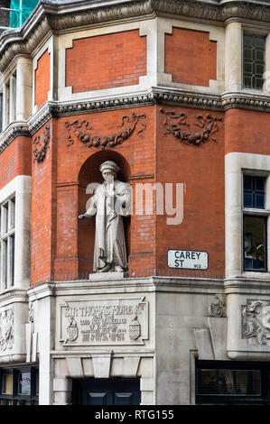 Statue of Sire Thomas More, sometime Lord High Chancellor of England, Carey St, London, UK - Stock Image