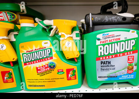 Roundup weedkiller, UK. Monsanto glyphosate herbicide for sale in a store. - Stock Image