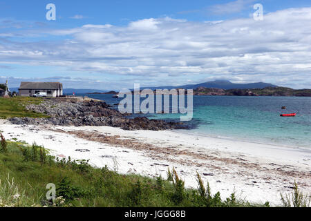 Martyr's Bay on Iona with a view to the Isle of Mull, Inner Hebrides, Scotland - Stock Image