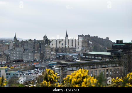 Looking across Waverley Station car park to Edinburgh Castle and Old Town cityscape beyond - Stock Image