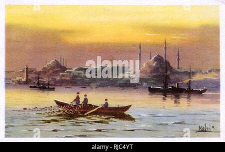 Fishermen draw in nets - The Golden Horn, Istanbul, Turkey. - Stock Image
