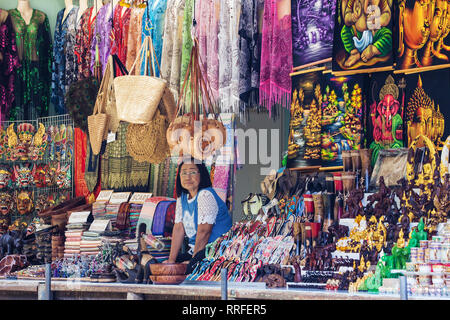 Damnoen Saduak, Thailand - August 29, 2018: Souvenir Shop at Damnoen Saduak Floating Market, Ratchaburi, Thailand. - Stock Image