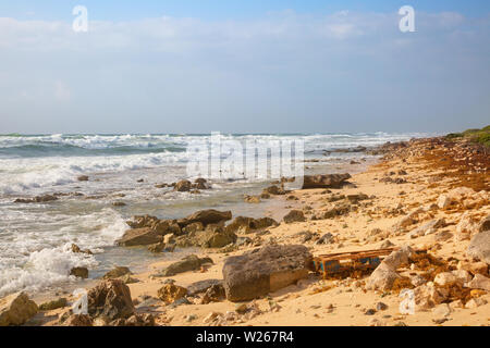 Stormy sea on the southern part of Cozumel, Mexico - Stock Image