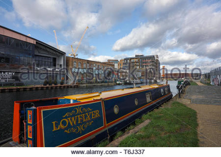 Vittoria Wharf, an Asset of Community value, and houseboats moored on the River Lea at Hackney Wick: London., Vittoria Wharf - Stock Image