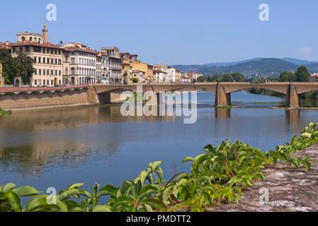 Ponte alle Grazie bridge, Florence, Italy - Stock Image