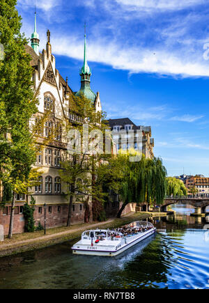 Strasbourg, Alsace, France, Batorama sightseeing river cruise boat, Ill river, residential buildings, - Stock Image