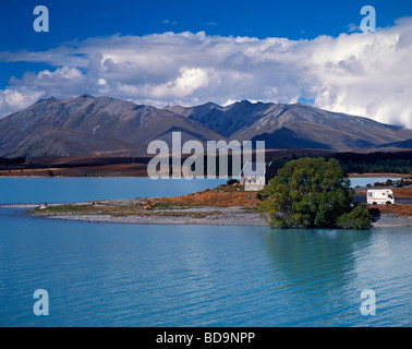 Camper Van near little church of the good Sherpard at Lake Tekapo in South Island of New Zealand - Stock Image