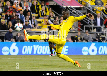 Mapfre stadium, USA. 23rd April, 2016. .Columbus Crew SC forward Kei Kamara (23) misses a cross in the first half - Stock Image