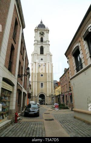 Clock tower of Mairie (town hall) from Rue Jules Hunnebelle, Aire sur la Lys, Pas de Calais, Hauts de France, France - Stock Image