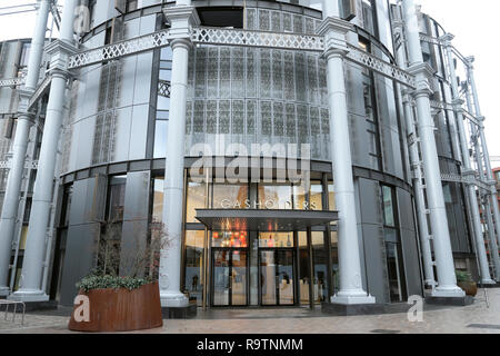 Exterior view of the entrance to Gasholders apartments building in Kings Cross London UK  KATHY DEWITT - Stock Image