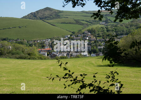 Combe Martin, North Devon, with Exmoor National Park in the distance. - Stock Image