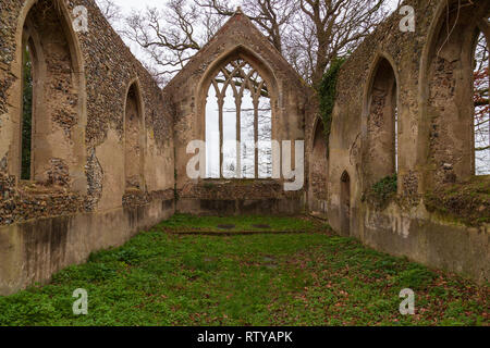 view of the ruins of st marys church at tivetshall st mary norfolk - Stock Image