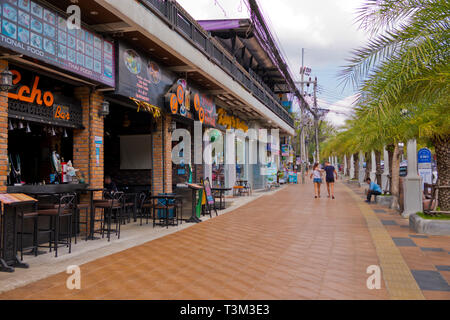 Main road, Road 4203, Ao Nang, Krabi province, Thailand - Stock Image
