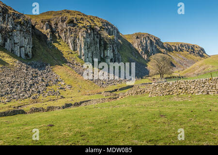 North Pennines Landscape, the dolerite cliffs, part of the great Whin Sill, at Holwick Scars, Teesdale, UK - Stock Image
