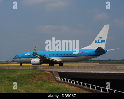 PH-BXW KLM Royal Dutch Airlines Boeing 737-8K2(WL) - cn 30360 3 - Stock Image