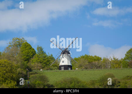 Cobstone Windmill above the village of Turville, Buckinghamshire. - Stock Image