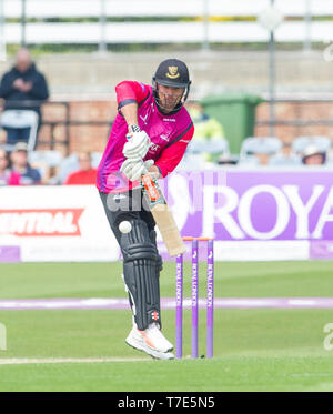 Brighton, UK. 7th May 2019 - Stiaan van Zyl batting for Sussex Sharks during the Royal London One-Day Cup match between Sussex Sharks and Glamorgan at the 1st Central County ground in Hove. Credit : Simon Dack / Alamy Live News - Stock Image