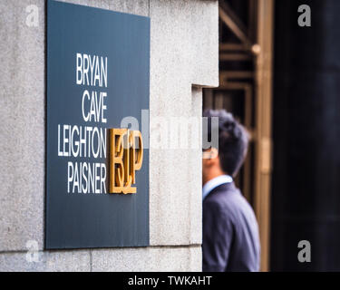 Bryan Cave Leighton Paisner London Offices - International Law firm based in St Louis, offices in the City of London Financial District - Stock Image