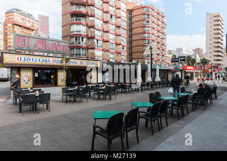 Benidorm New Town, Costa Blanca, Spain. Pedestrianised food street, el meson restaurant - Stock Image