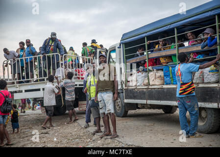 Bus station, Pagwi, Middle Sepik, Papua New Guinea - Stock Image