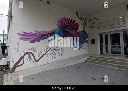 Street Art expression at the wall of a hair salon - Stock Image