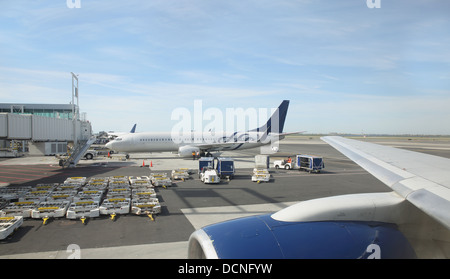 View of airliners at gates - Stock Image