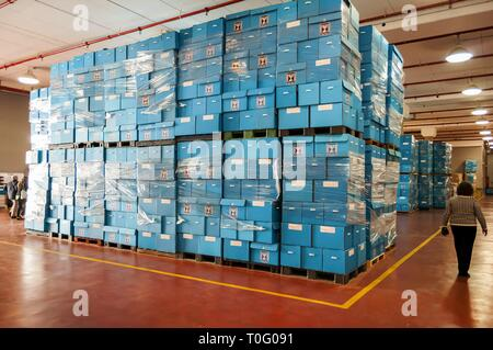ROSH HAAYIN, ISRAEL. February 24, 2015. Blue ballot boxes stored at the Central Elections Committee warehouse prior to the parliamentary elections - Stock Image