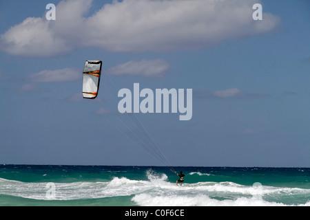 Kite surfer at Playa del Este, Santa Maria Del Mar, near Havanna Cuba - Stock Image