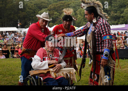 Southhampton, United States of America. 03rd, Sep 2018. William Bodeman Chapman a 92 year old Native American World War II veteran is greeted by the Shinnecock  Indian Nation during the ceremony at the 72nd annual Shinnecock Indian Powwow over the Labour Day weekend in Southampton Long Island New York in Southhampton, United States of America, 03 September 2018. (PHOTO) Alejandro Sala/Alamy News - Stock Image