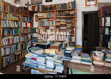 Second Hand Book Shop, Gdansk, Poland - Stock Image