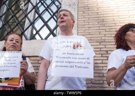 Rome, Italy. 22nd June, 2019. Flashmob in front of the basilica of S. Apollinare in Rome to remember Emanuela Orlandi Credit: Matteo Nardone/Pacific Press/Alamy Live News - Stock Image