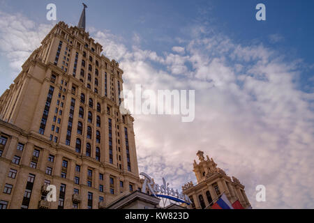 Radisson Royal Hotel (also known as Hotel Ukraina), a five star luxury hotel alongside the Moskva river, Moscow, - Stock Image