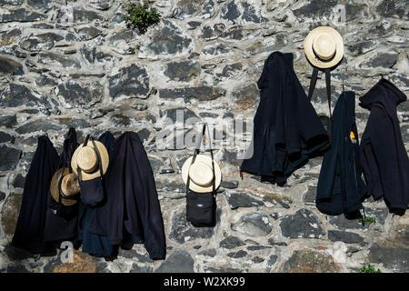 Portugal, Madeira Island, Funchal, Monte, traditional Toboggan riders - Stock Image
