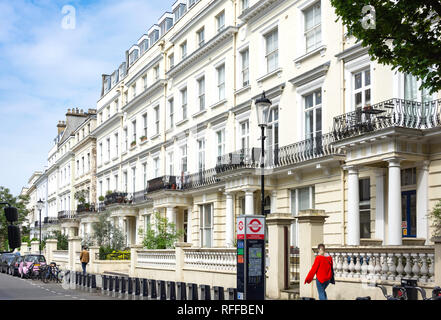 Victorian townhouses, Pembridge Gardens, Notting Hill, Royal Borough of Kensington and Chelsea, Greater London, England, United Kingdom - Stock Image