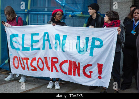 London, UK. 18th March, 2019. Students and supporters of the Independent Workers of Great Britain (IWGB) trade union protest outside University of London Senate House against their hosting of a Landlord Forum, as well as against the university's policy of outsourcing workers used as security, cleaners, gardeners, porters, caterers and receptionists. It is very difficult for such precarious workers to find suitable housing in London and the private housing sector operates in such a way as to increase their precarity. - Stock Image